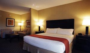 Room - Holiday Inn Hotel & Suites Chandler