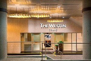 Exterior view - Westin Grand Hotel Vancouver