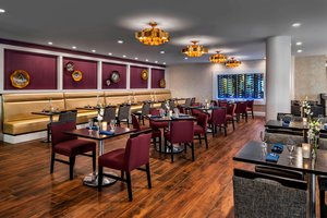 Restaurant - Westin Bristol Place Hotel Airport Toronto