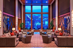 Lobby - Westin Riverfront Resort Avon