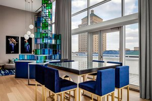 Suite - W Hotel Montreal