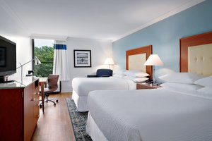 Room - Four Points by Sheraton Hotel Airport Richmond