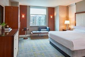 Room - Renaissance Hotel by Marriott Midtown Atlanta