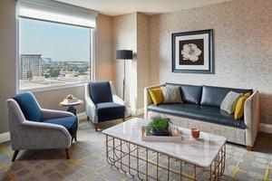 Suite - Renaissance Hotel by Marriott Midtown Atlanta