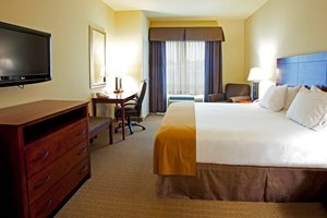 Room - Holiday Inn Express Hotel & Suites Southeast Valdosta