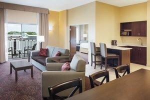 Room - Holiday Inn Express Hotel & Suites Sandusky