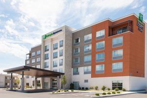 Exterior view - Holiday Inn Express Hotel & Suites Sandusky