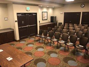 Meeting Facilities - Staybridge Suites U District Seattle