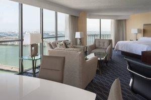 Suite - Marriott Biscayne Bay Hotel & Marina Miami