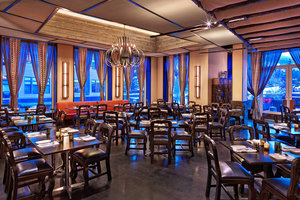 Restaurant - Westin Riverfront Resort Avon