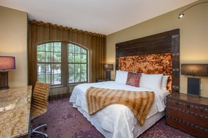 Room - Bohemian Hotel Riverfront Savannah