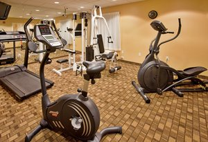 Fitness/ Exercise Room - Holiday Inn Express Hotel & Suites Airport Wichita