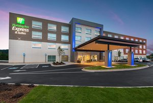 Exterior view - Holiday Inn Express Hotel & Suites Gainesville