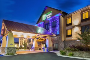 Exterior view - Holiday Inn Express Hotel & Suites North Helena