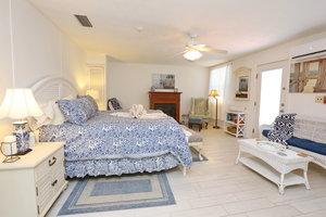 Room - Beachfront Bed & Breakfast Inn St Augustine Beach