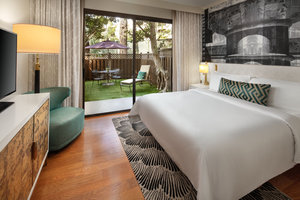 Suite - Avenue of the Arts Hotel Costa Mesa