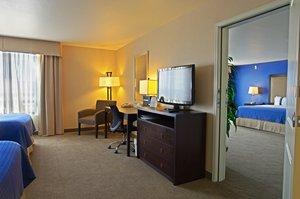 Room - Holiday Inn Hotel & Suites Airport Phoenix
