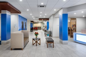 Lobby - Holiday Inn Express Hotel & Suites Santa Ana