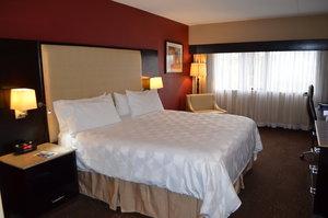 Room - Holiday Inn Clinton