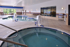 Pool - Holiday Inn Express Hotel & Suites Fairmont