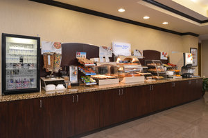 Restaurant - Holiday Inn Express Hotel & Suites Fairmont