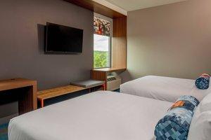 Room - Aloft Hotel Alpharetta