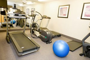 Fitness/ Exercise Room - Holiday Inn Express Hotel & Suites Surrey