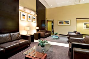 Lobby - Holiday Inn Express Hotel & Suites Surrey