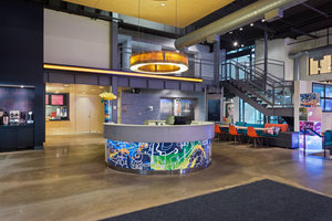 Lobby - Aloft Soho Square Hotel Homewood