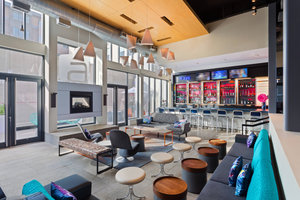Bar - Aloft Soho Square Hotel Homewood