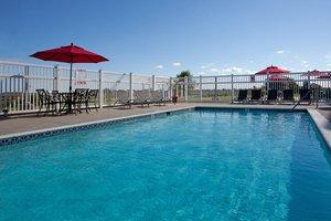 Pool - Holiday Inn Express Grasonville