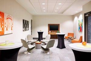 Meeting Facilities - Aloft Hotel O'Hare Airport Rosemont