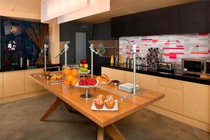 Restaurant - Aloft Hotel Brickell Miami