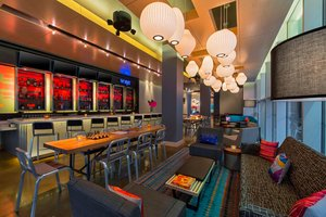 Restaurant - Aloft Hotel Downtown New Orleans