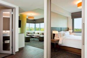 Suite - Element Hotel Midtown Crossing Omaha