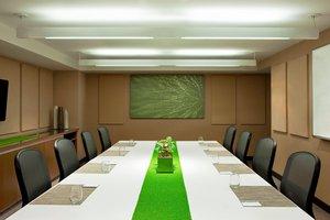 Meeting Facilities - Element Hotel Midtown Crossing Omaha