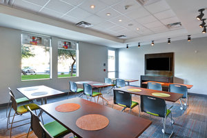 Meeting Facilities - Aloft Hotel Airport Phoenix