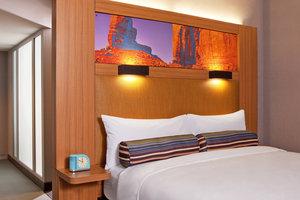 Room - Aloft Hotel University Tucson