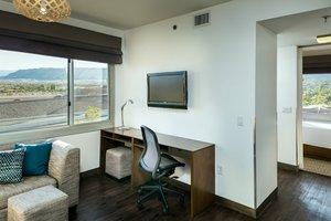 Suite - Element Hotel Las Vegas Summerlin