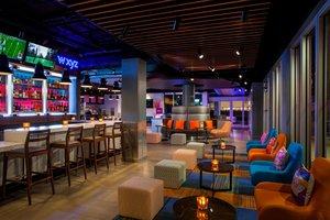 Restaurant - Aloft Hotel Dadeland Miami