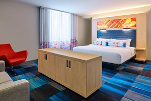 Room - Aloft Hotel Downtown South Bend
