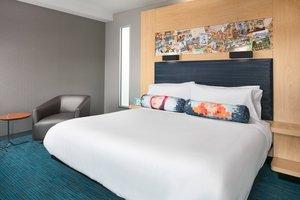 Room - Aloft Hotel Downtown Louisville
