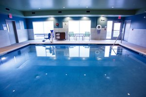 Pool - Holiday Inn Express Hotel & Suites Outlet Mall Gettysburg