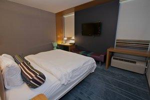 Room - Aloft Hotel Tulsa