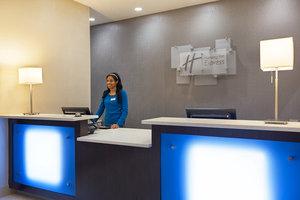 Lobby - Holiday Inn Express Berea