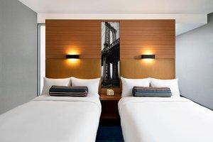 Room - Aloft Hotel Brooklyn