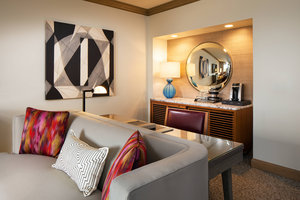 Room - Canyon Suites at the Phoenician Scottsdale