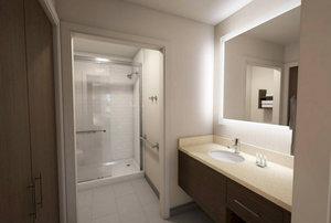 - Staybridge Suites Lafayette