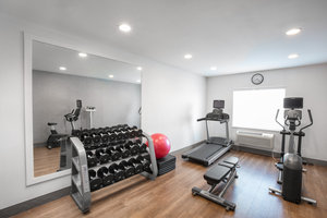 Fitness/ Exercise Room - Holiday Inn Express Hotel & Suites Altoona
