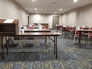 Meeting Facilities - Holiday Inn Express Birch Run